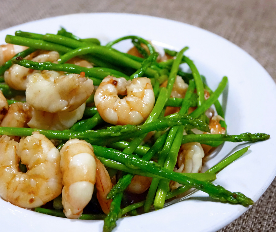 Prawn and asparagus salad (1)